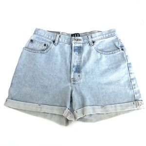 Vintage Gap High Waisted Cuffed Button Fly Shorts